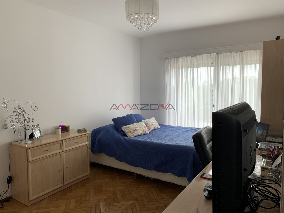 Apartamento ID.4944 - Parque Battle Ponce 4 dormitorios 3 baños loza radiante