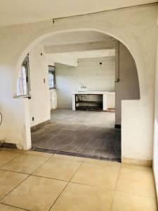Bajó de precio!! Apartamento 3 Dormitorios muy luminoso y ventilado, estacionamiento cerrado, vista al arroyo, se financia