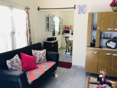 Casa en PH 2 dormitorios, patio con churrasquera