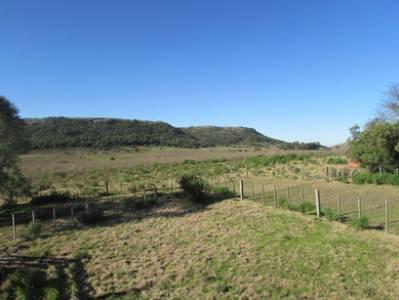 Muy linda fracción de 80 Hectáreas en paraje El León, a 18 kms de Aiguá, cercano a Grutas de Salamanca