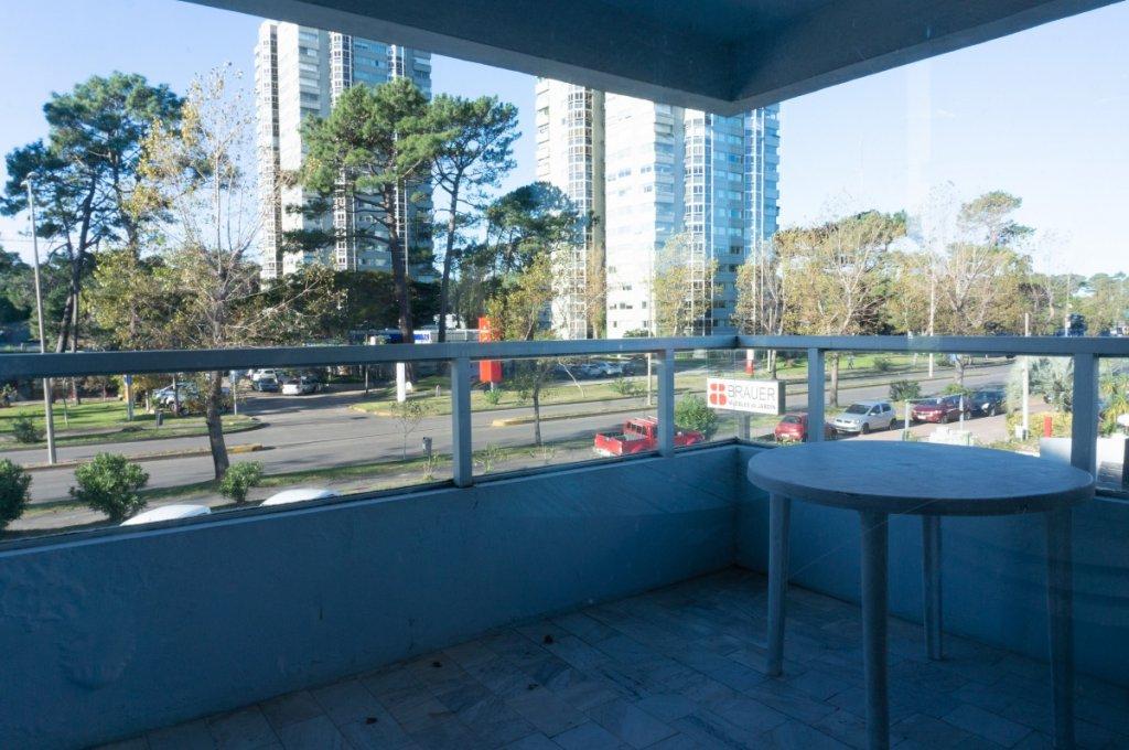 Apartamento ID.5832 - VENTA APARTAMENTO 2 DORMITORIOS ZONA ROOSEVELT