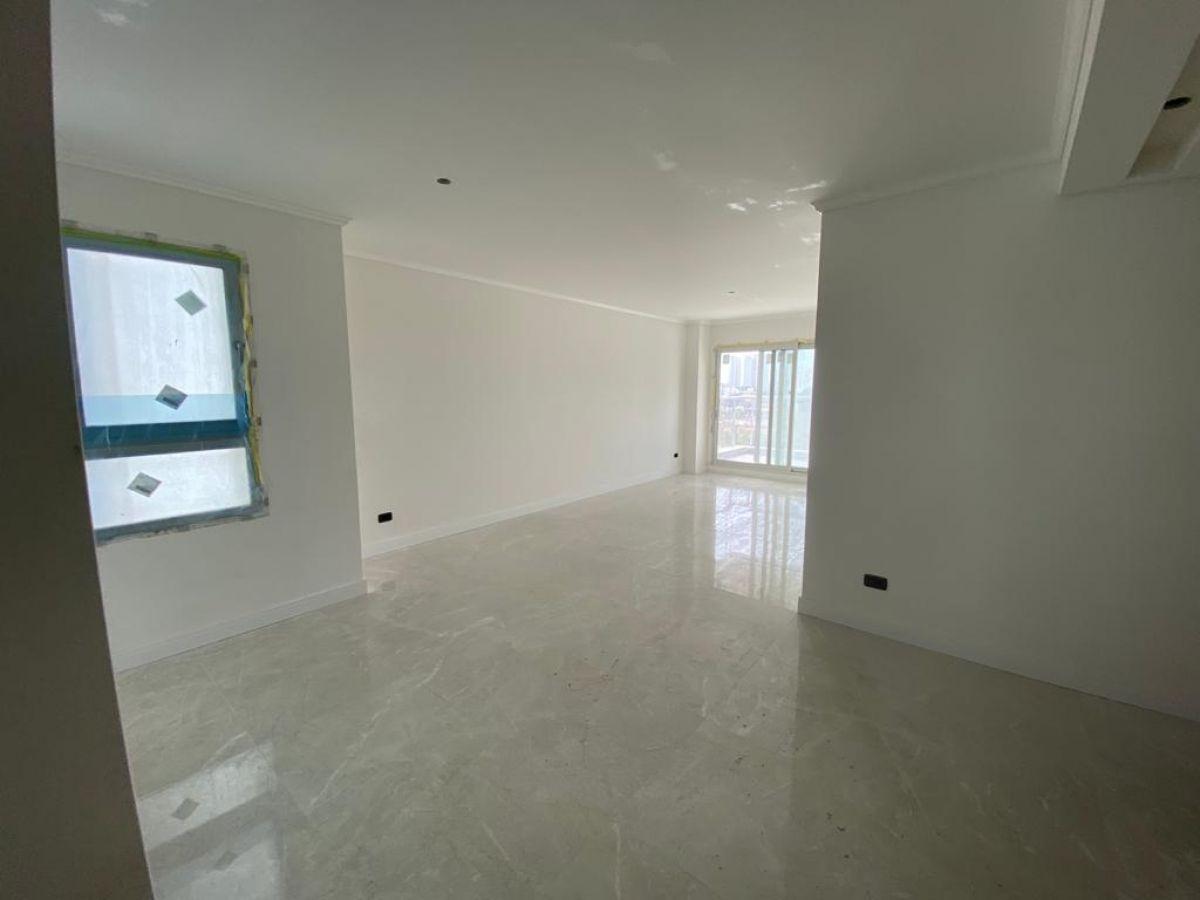 Vendo apartamento a estrenar, 2 dormitorios, excelentes servicios, playa mansa, Punta del Este
