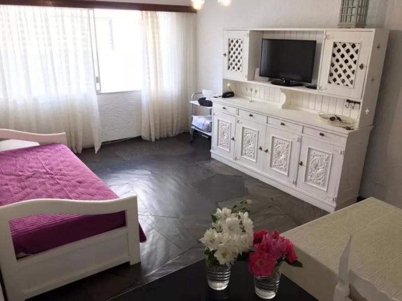Alquilo apartamento en Mansa, Punta del Este