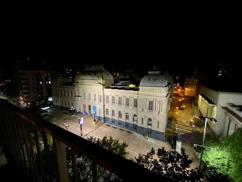 Oportunidad piso alto , centro de Montevideo