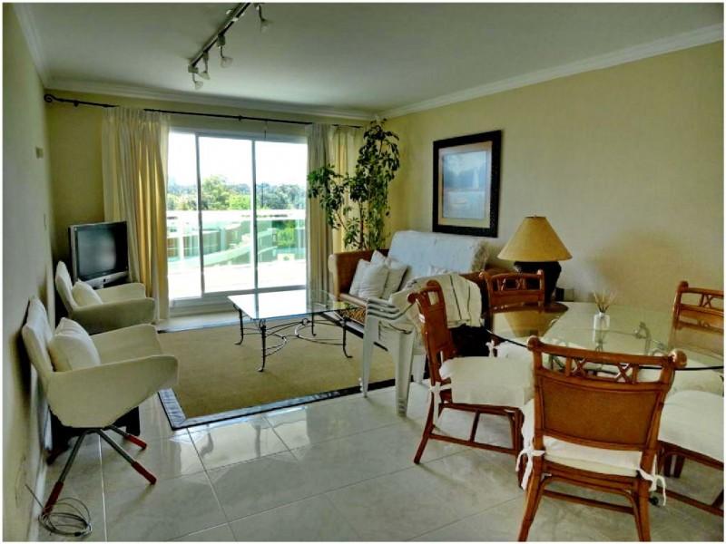 Apartamento en Alquiler y Venta, playa mansa- Punta del Este
