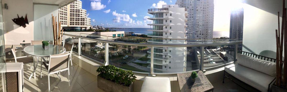 Apartamento ID.1059 - Venta Apartamento 2 dormitorios Season Tower Playa Mansa