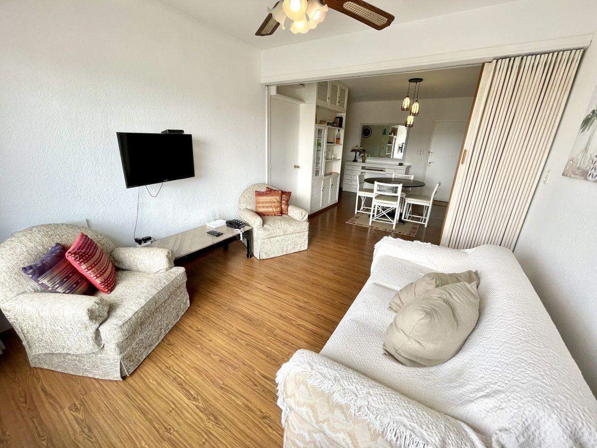 Apartamento ID.1137 - Venta apartamento en zona Península 1 dormitorio