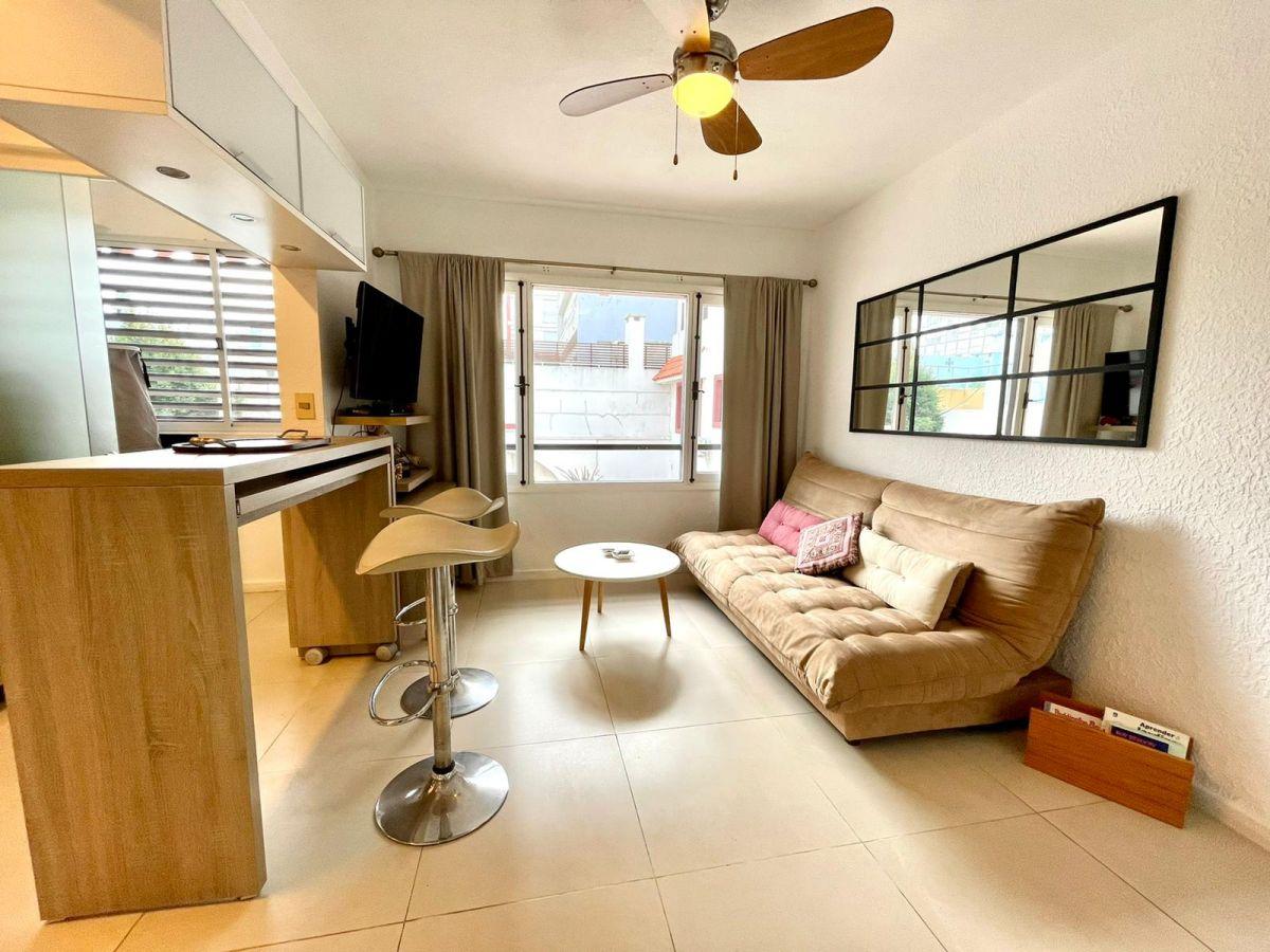 Apartamento ID.1128 - Venta moderno apartamento 1 dormitorio en Peninsula