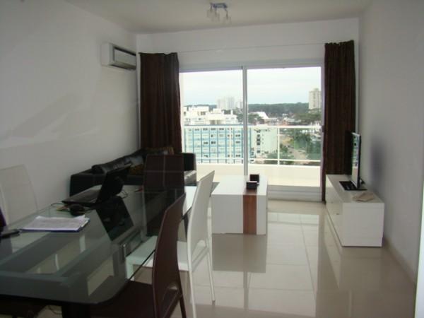 venta apartamento 2 dormitorios y medio pent-house botavara - lmt994a