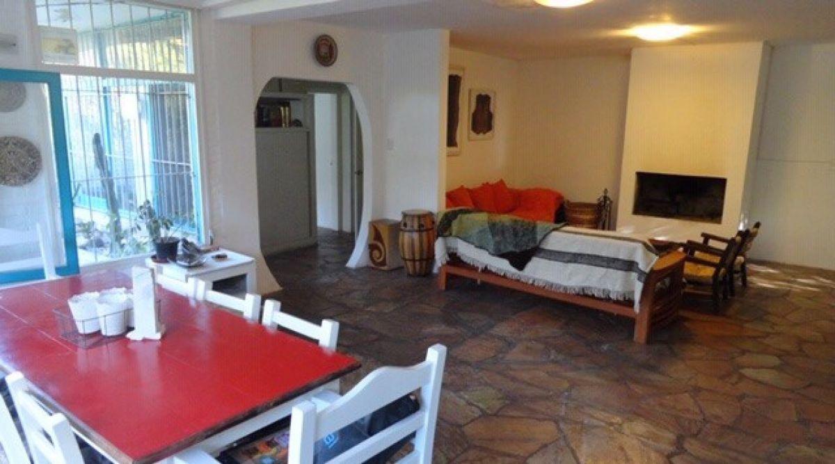 Casa ID.665 - Venta casa 3 dormitorios zona Golf
