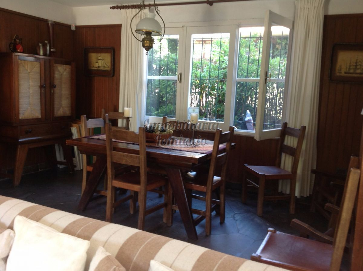 Casa ID.1069 - Venta Casa 6 dormitorios Playa Mansa
