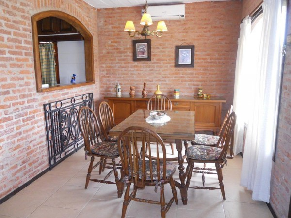 Casa Venta o Alquiler en Punta del Este Jardines de Cordoba de 2 Dormitorios