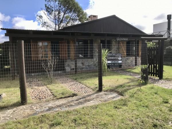 Casa Venta o Alquiler en Punta del Este Balneario Buenos Aires de 2 Dormitorios