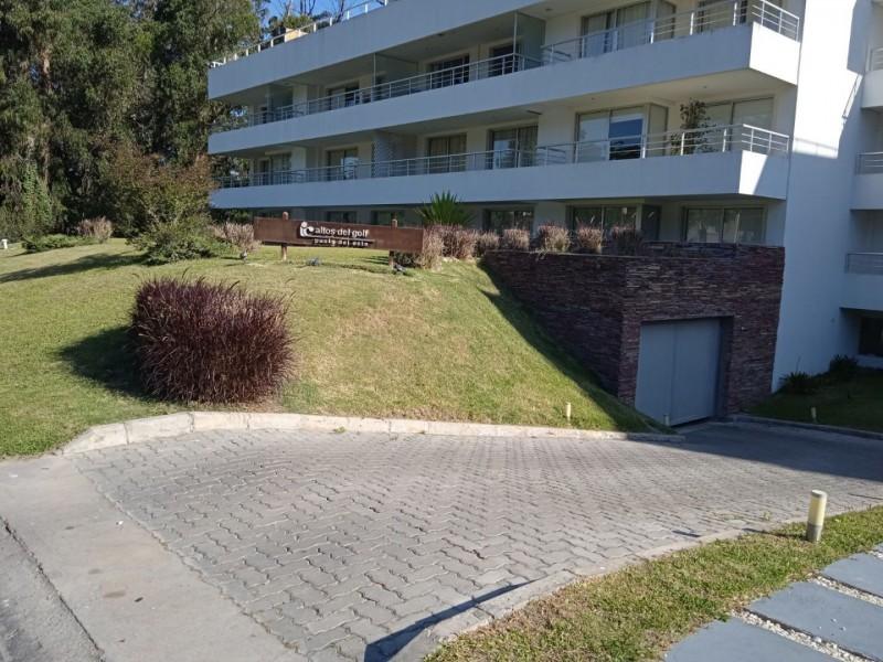 https://www.inmobiliaria.link/f/136/0/800/0/0/0/6a9e5f5276374e5e94639ebd6a919f17.jpg