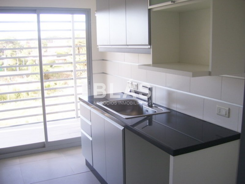 https://www.inmobiliaria.link/f/136/0/800/0/0/0/inm_0_3083_15.jpg