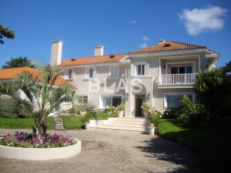 https://www.inmobiliaria.link/f/136/1/800/0/0/0/inm_1_3444_80.jpg