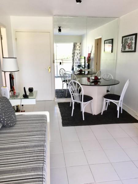 Vendo apartamento 1 dormitorio en Brava, a metros del mar, Punta del Este