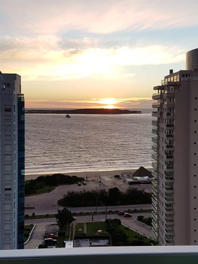 Apartamento ID.2166 - Gran departamento con excelente vista al mar !