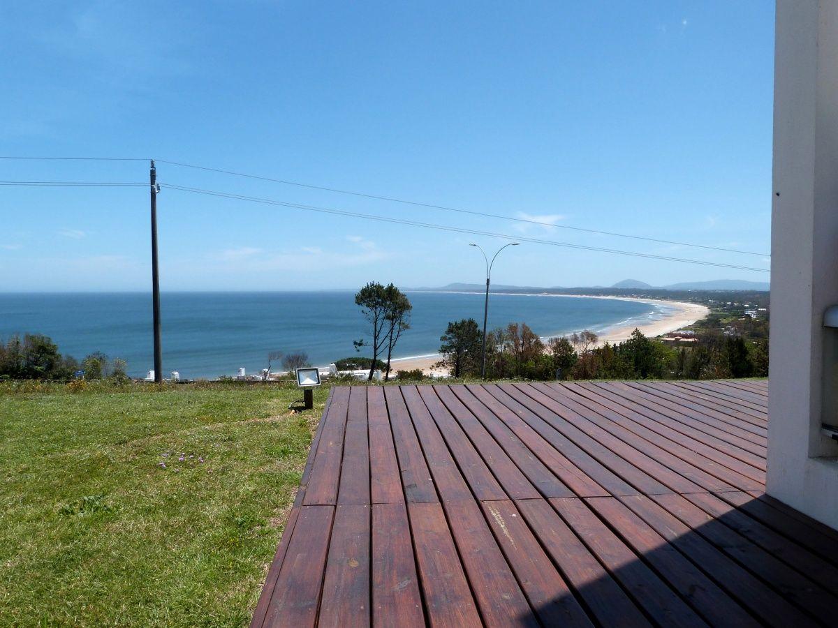 Apartamento ID.2106 - Hermoso Triplex a estrenar en Punta Ballena con vista plena al mar!