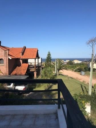 Casa Venta o Alquiler en Punta del Este Montoya de 5 Dormitorios