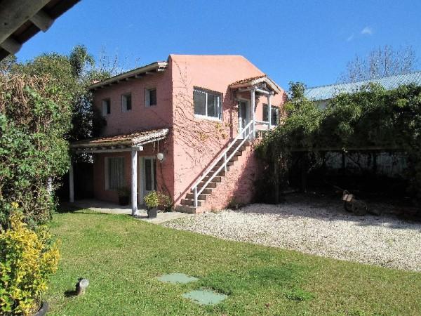 Casa Venta o Alquiler en Punta del Este La Barra de 6 Dormitorios
