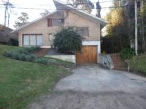 Casa en Pinares de 5 dormitorios, 5 baños  OPORTUNIDAD!!!