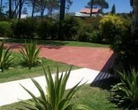 Casa en Tio Tom, de 3 dormitorios cuenta con Piscina. Consulte!!!!!!!!