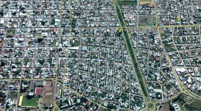 Terreno con frente avenida Artigas muy cerca a centros comerciales