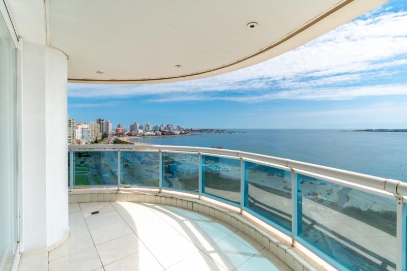 Apartamento ID.63661 - Departamento esquinero 4 dormitorios en venta Millenium Tower Punta del Este