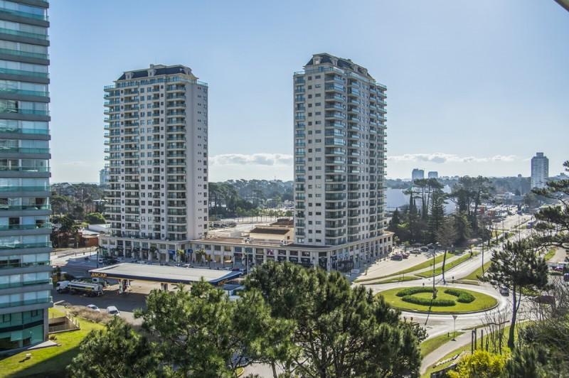 Apartamento ID.37426 - Oportunidad Apartamento Venta en edificio Tressesenta , Punta del Este
