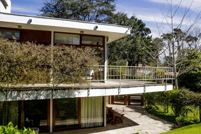 Casa ID.60771 - Oportunidad Casa de 3 Dormitorios con Piscina  en Playa Mansa, Punta del Este