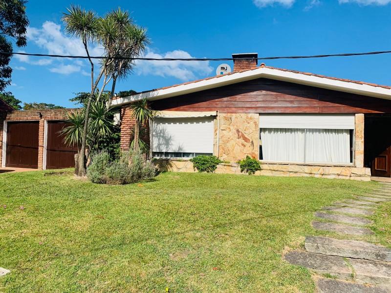 Casa ID.57925 - Casa de 3 dormitorios a 1 cuadra de la playa