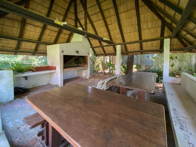 Casa ID.6100 - Cabaña de 3 dormitorios y parrillero techado en Pinares, Punta del Este.