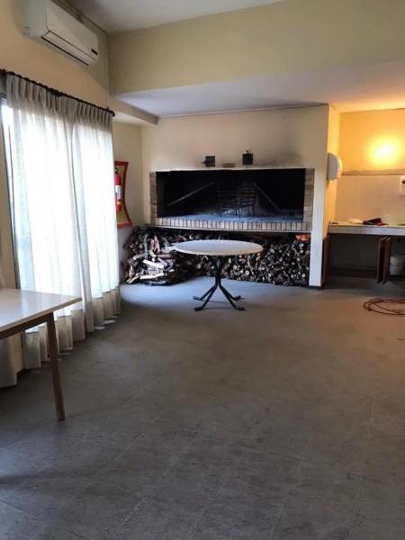 Apartamento ID.1239 - Apartamento alquiler 4 dormitorios 4 baños con garaje- Av. Brasil - Pocitos