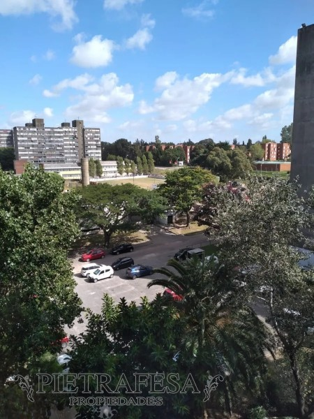 Apartamento ID.1955 - Apartamento en venta Euskal erria 71 3 dormitorios 1 baño-Malvin Norte