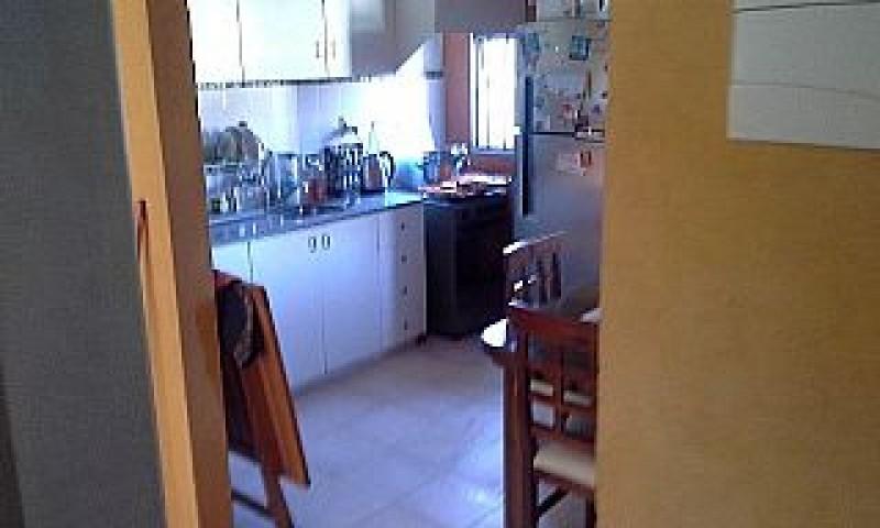 Apartamento ID.471 - Apartamento en venta 3 dormitorios-1 baño Lanús-Colon