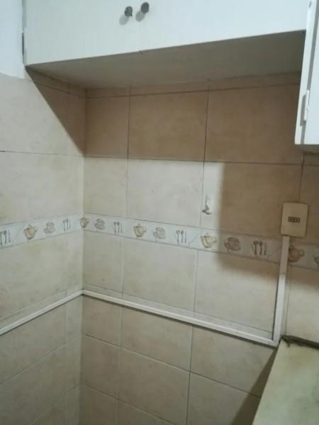 Apartamento ID.1418 - Monoambiente en alquiler 1 dormitorio 1 baño Mercedes Centro