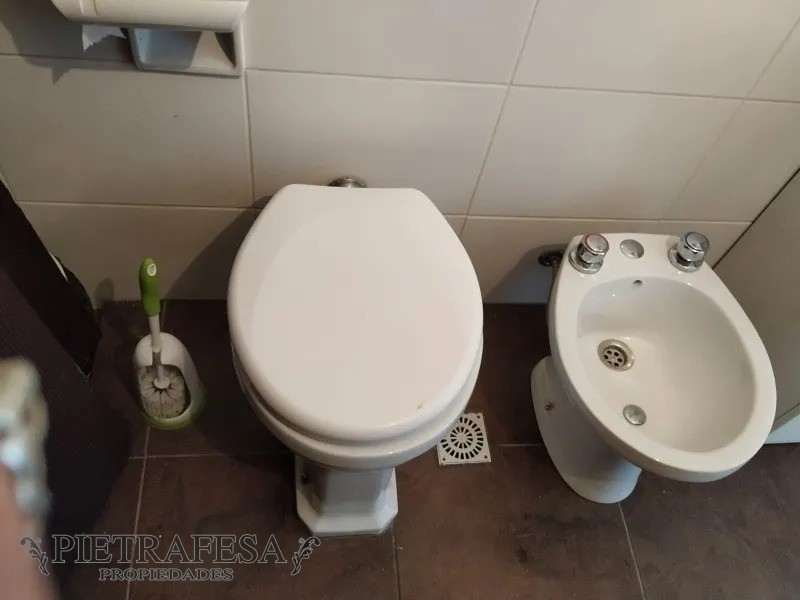 Apartamento ID.1276 - Oficina - Consultorio en venta 1 baño - Bv. Artigas - Tres Cruces