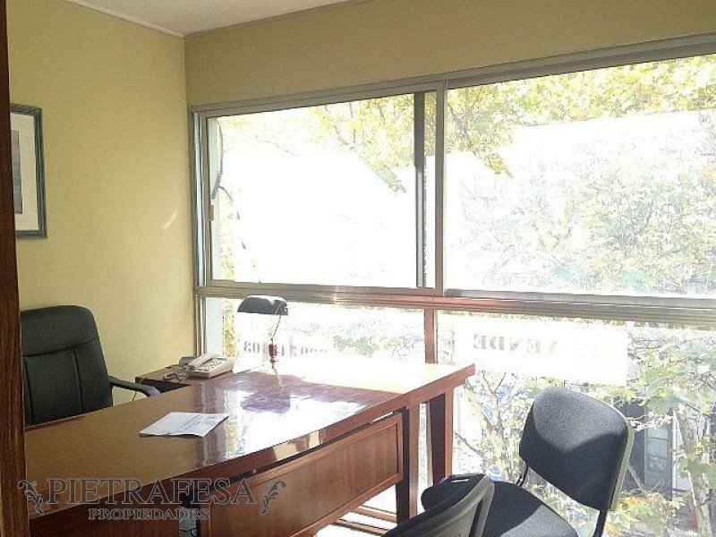 Local Comercial ID.607 - Oficina en venta con garaje - Andes - Centro