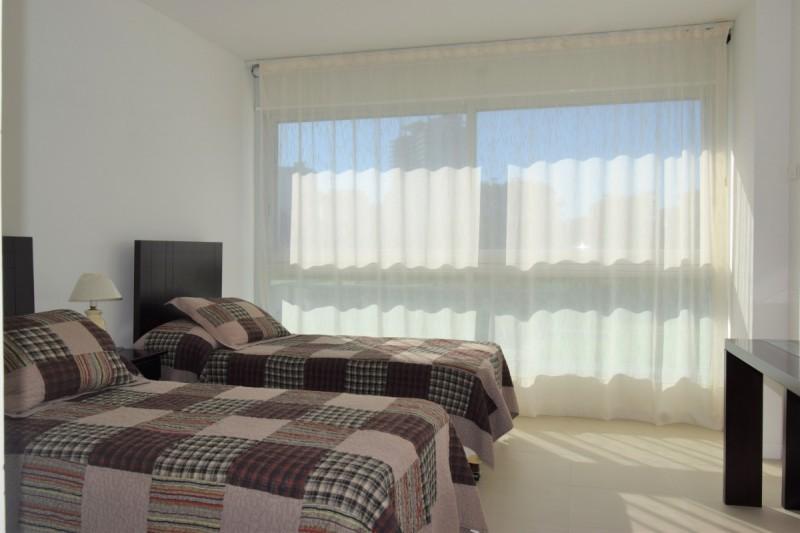 Apartamento ID.862 - Primera linea playa brava