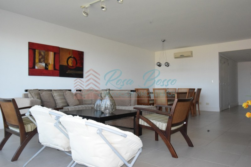Apartamento ID.1638 - Apartamento en Brava, 3 dormitorios *