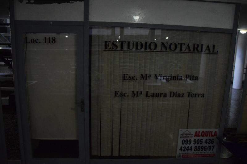 Local Comercial ID.4737 - Local en Punta del Este, Peninsula   Rosa Bosso Inmobiliaria Ref:4737