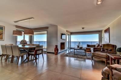 4 dormitorios en suite en Playa Mansa