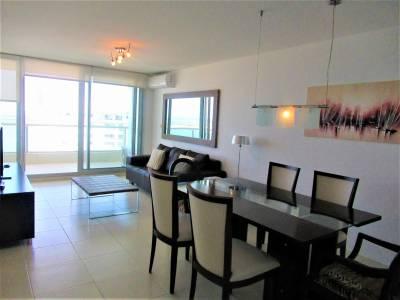 2 dormitorios a 100 metros de Playa Brava.