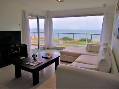 Edificio Ville de Mer - Primera linea de playa Mansa