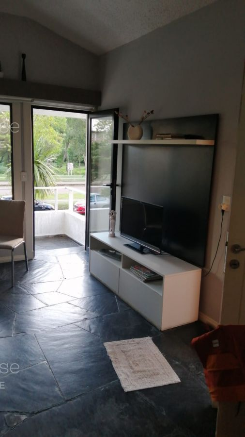 Apartamento Ref.343 - Departamento en venta en Roosevelt.
