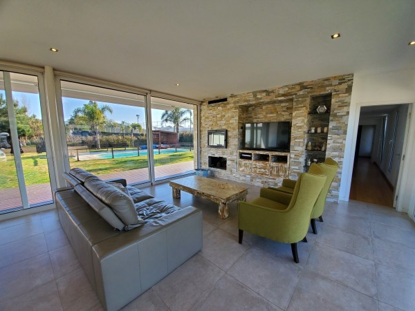 Casa Venta o Alquiler en Punta del Este La Residence de 4 Dormitorios