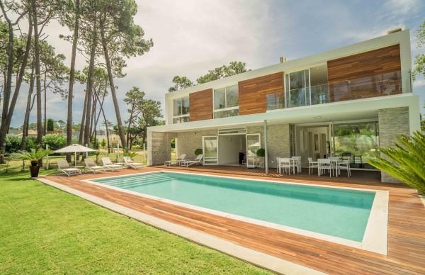 Casa Venta o Alquiler en Punta del Este Boulevard Park de 4 Dormitorios