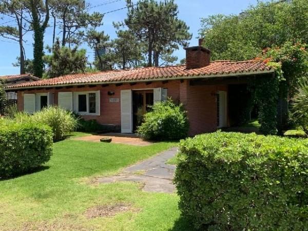 Casa Venta o Alquiler en Punta del Este Aidy Grill de 3 Dormitorios