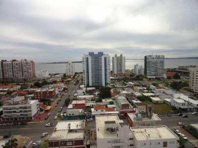Piso alto con vista a la Isla y Amenities